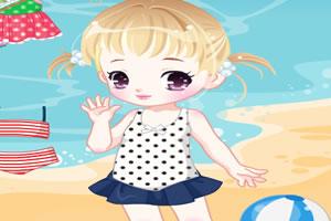 夏日海滩里的小女生