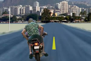 骑摩托戴头盔