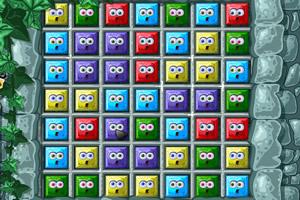 石壁上的七彩方块
