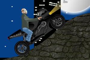 杰森骑摩托