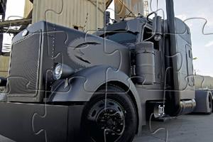 黑色卡车拼图