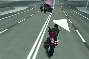 摩托车与警车的追逐