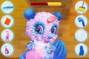 清洁可爱的熊猫