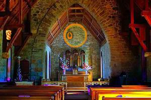 老教堂逃生