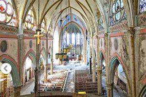 天主教堂逃脱