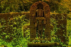 逃离古老的神庙