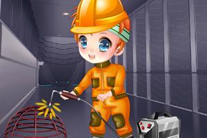可爱女孩学电焊