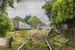逃離廢棄火車站