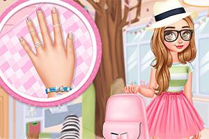 女孩的花指甲