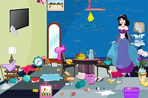 莉莉整理客厅